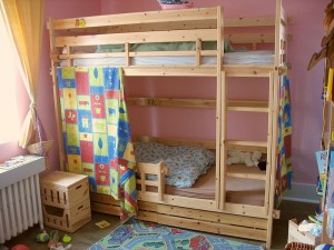800px-Bunk_bed1